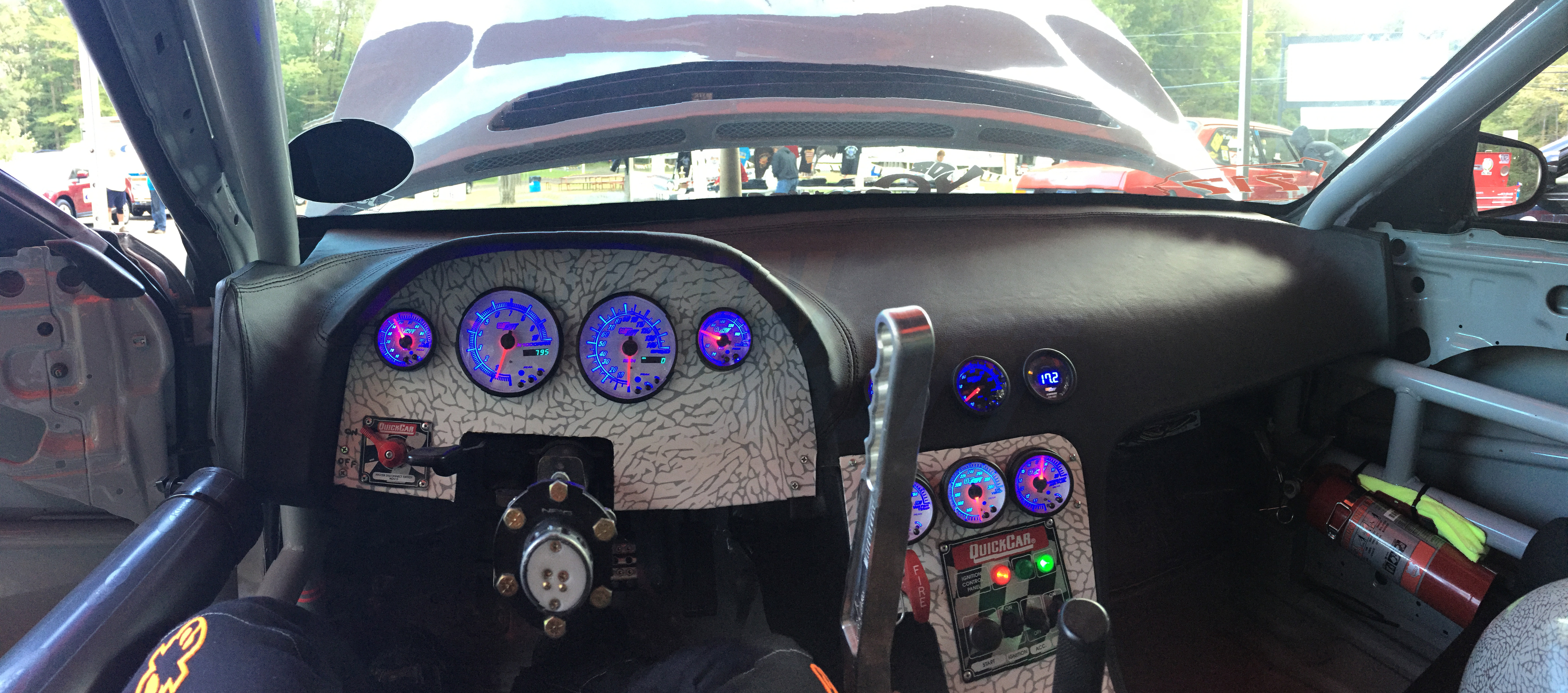 Gauges By GlowShift